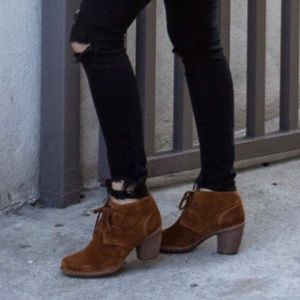 7ec978c5 Clark's Artisan Carleta Lyon Suede Boots